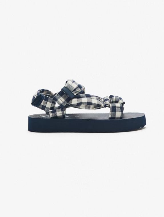Las sandalias más en tendencia están en Zara Kids