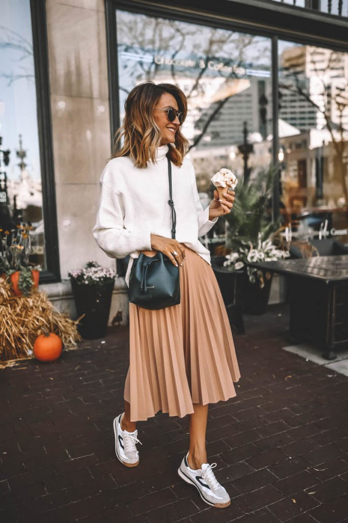 Cómo combinar las faldas plisadas en tus looks de invierno