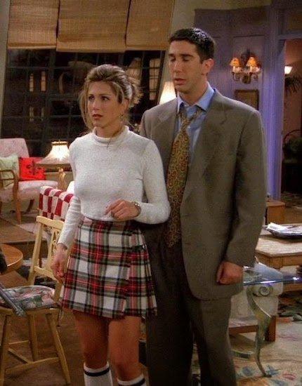 Los 6 outfits de Rachel Green en Friends que puedes llevar este invierno