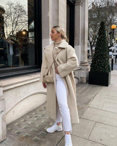 Cómo llevar pantalones blancos en invierno 4
