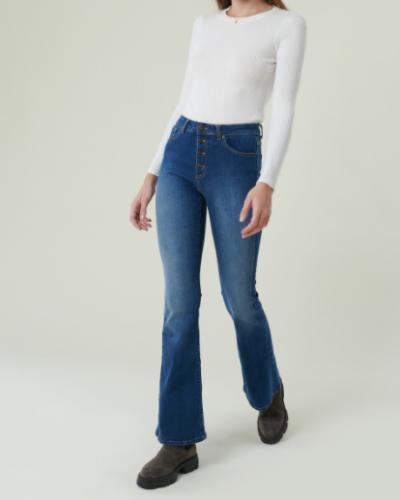 Las 4 tendencias de pantalones que más se van a llevar en 2021 foto 12