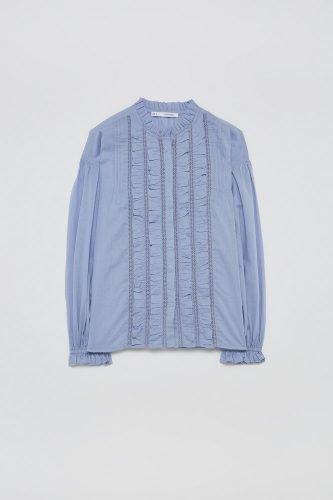 5 prendas que necesitas tener en tu armario esta primavera blusa sfera