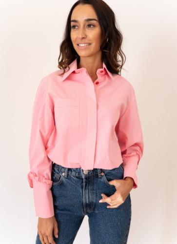 5 formas de combinar la camisa como una influencer 5