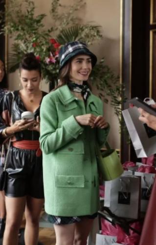 Los 5 looks que queremos copiar de Emily in Paris
