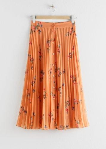 Cómo combinar tus faldas plisadas en tus looks de invierno foto 4