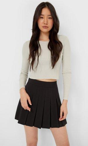 Cómo combinar tus faldas plisadas en tus looks de invierno foto 6