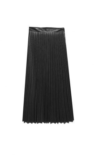 Cómo combinar tus faldas plisadas en tus looks de invierno foto 12