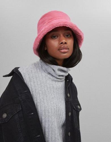 Consejos para combinar los sombreros como una experta foto 5