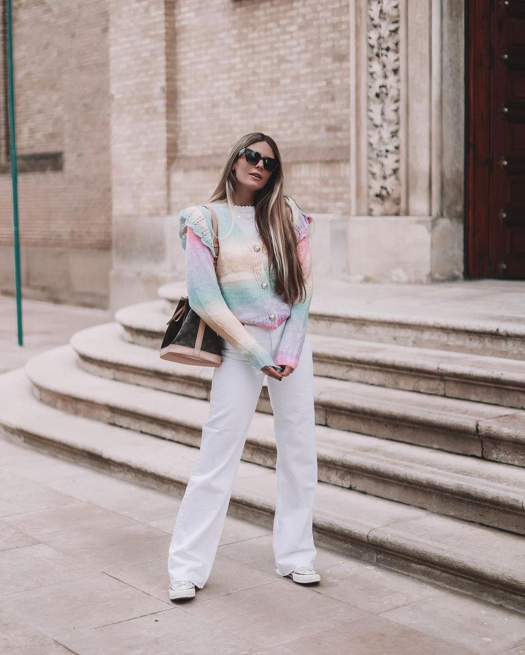 30 looks para llevar en abril y vestir como las influencers