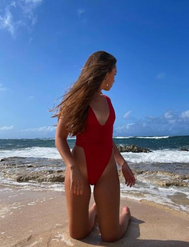 Las tendencias en bañadores con las querrás sumergirte este verano